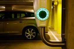 What are the benefits of having an Electric Vehicle?